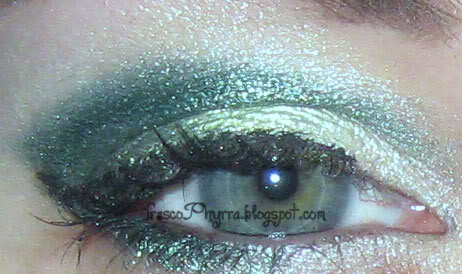 Green Holiday Look with Meow & Silk Naturals