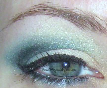Smoky Teal Eye