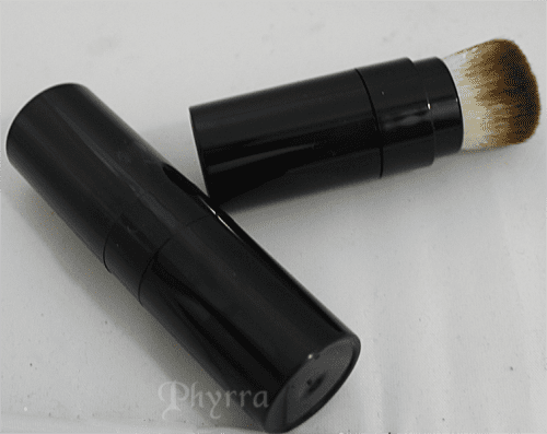 Too Faced Air-Buffed BB Creme Foundation Brush