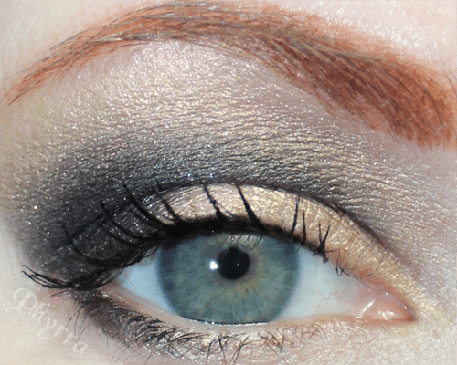 Smoke and Sand were used in this tutorial