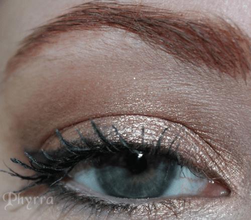 Urban Decay Easy Baked Eyeshadow