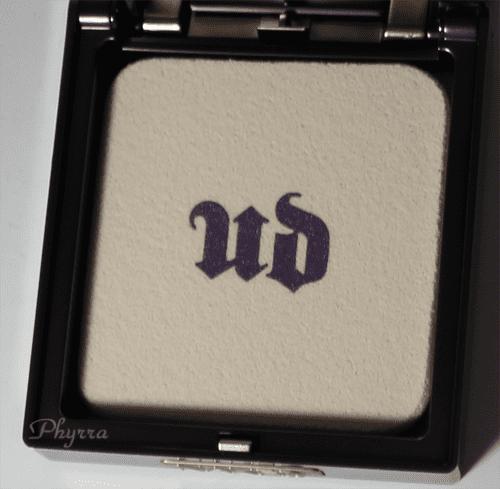 Urban Decay Naked Skin Ultra Definition Pressed Finishing Powder Sponge