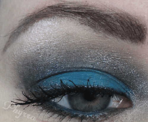 Wearing Solomon Islands on the lid, Ubangi in the crease, and Tatar along the lower lash line.