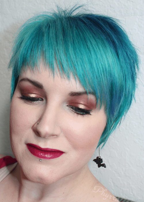 Wearing Silk Naturals Scene Stealer and Friday, Darling Girl Monster Within, Stila Daring