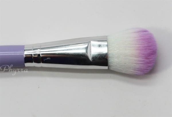 Crown Brush Tapered Blush