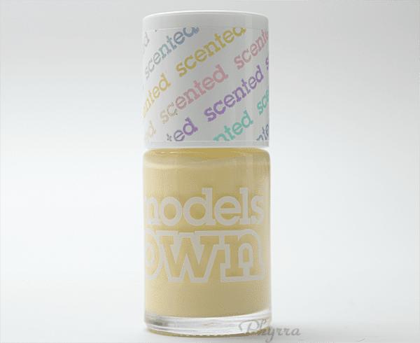 Models Own Banana Split