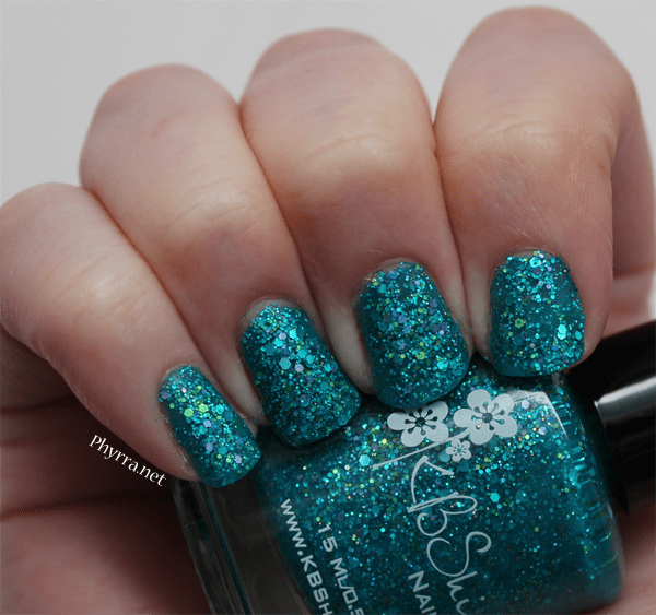 KBShimmer She Twerks Out Mani Swatches