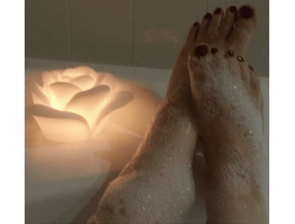 Pretty and Polished Bath Bombs and Bubble Bar Reviews
