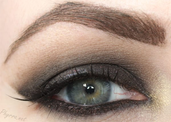 NARS Smokey Divinity Tutorial