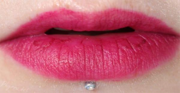 Kat Von D Studded Kiss lipstick in Bauhau5