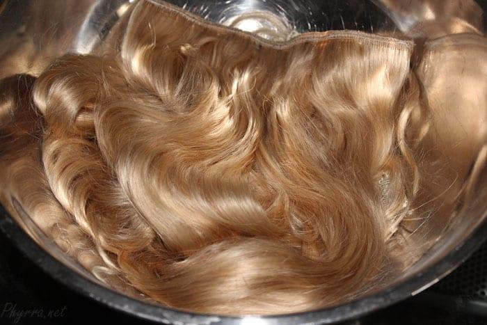 Irresistible Me Royal White Blonde #60 Hair