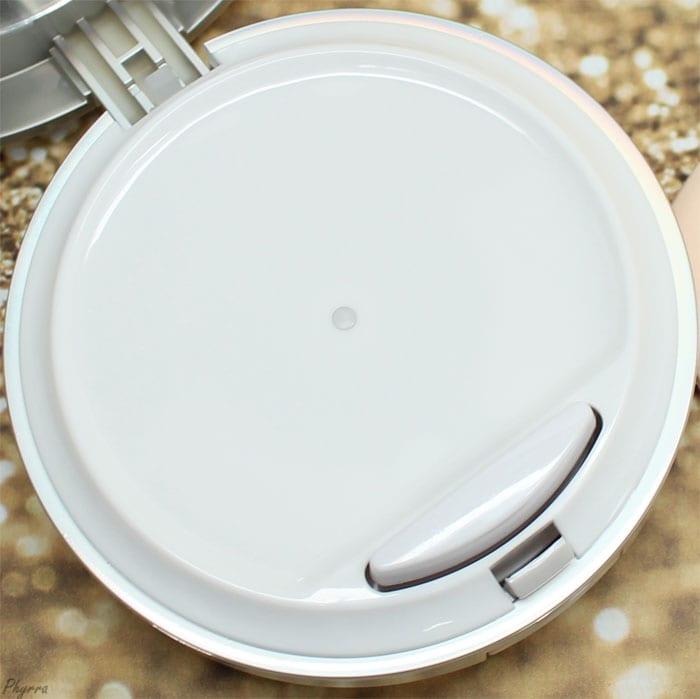 It Cosmetics CC+ Color Correcting Full Coverage Cream Compact in Fair