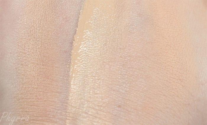 It Cosmetics CC Eye Color Correcting Full Coverage Cream, Color Correcting Full Coverage Cream Compact, Airbrush Perfecting Powder in Fair