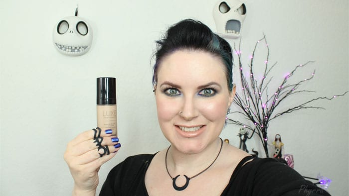 Glo Minerals Luxe Liquid Foundation First Impressions