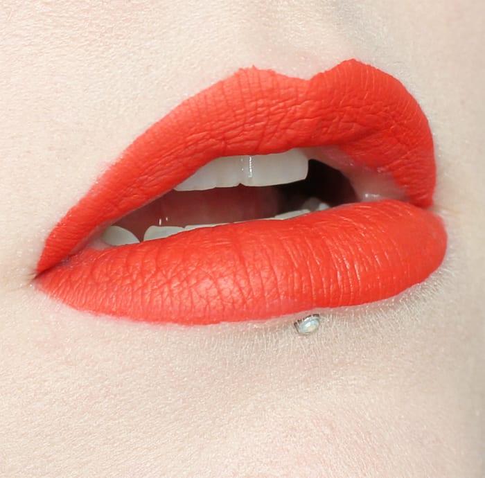 Jeffree Star Velour Liquid Lipstick in Anna Nicole