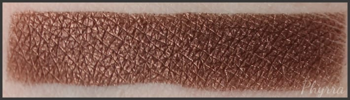 Urban Decay Reign Swatch
