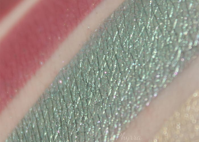 Aromaleigh Ryüjin Swatch