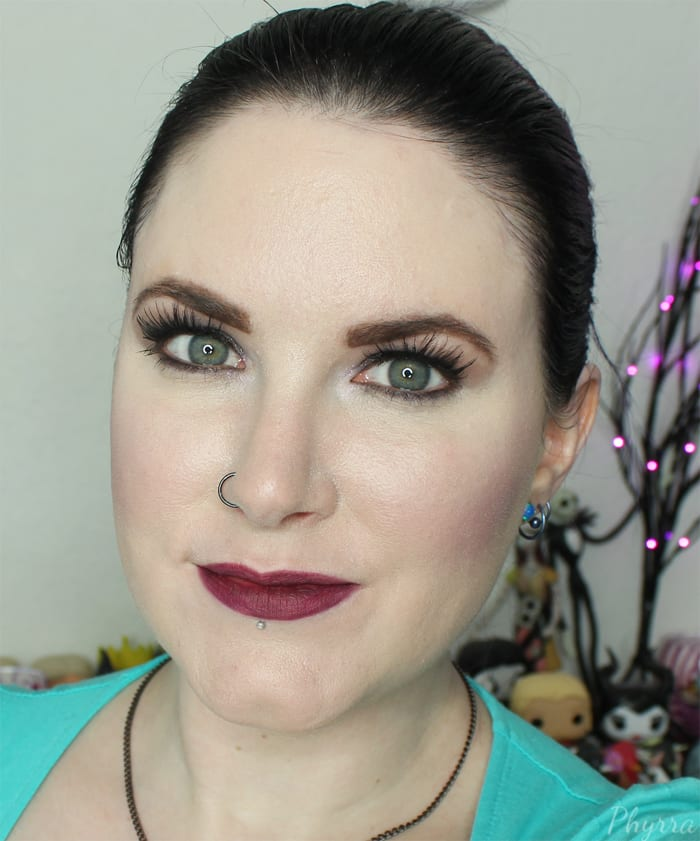 Urban Decay 24/7 Lip Pencil in Blackmail Swatch