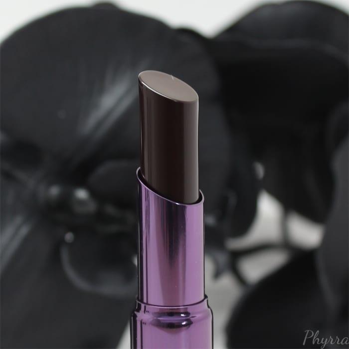 Urban Decay Matte Revolution Lipstick in Blackmail