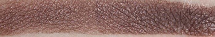 Anastasia Beverly Hills Pose Swatch