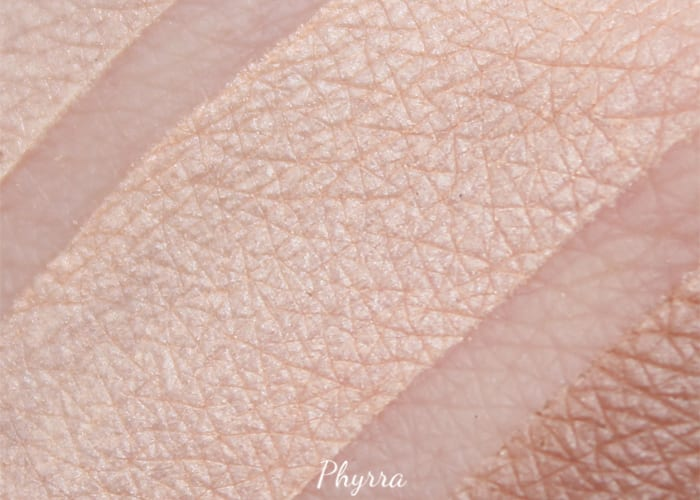 Japonesque Pixelated Light Peach Swatch