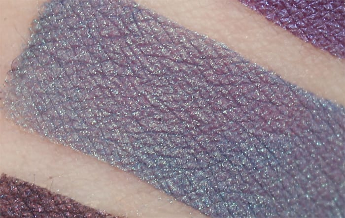 Aromaleigh Carina swatch