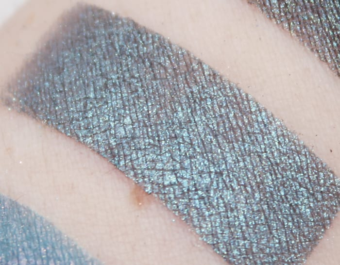 Aromaleigh Maia swatch