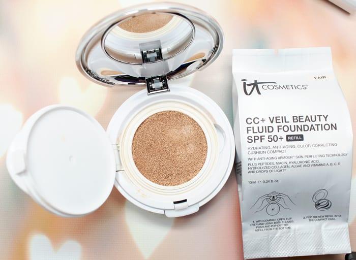 It Cosmetics CC Veil Cushion Compact SPF 50 Foundation in Fair