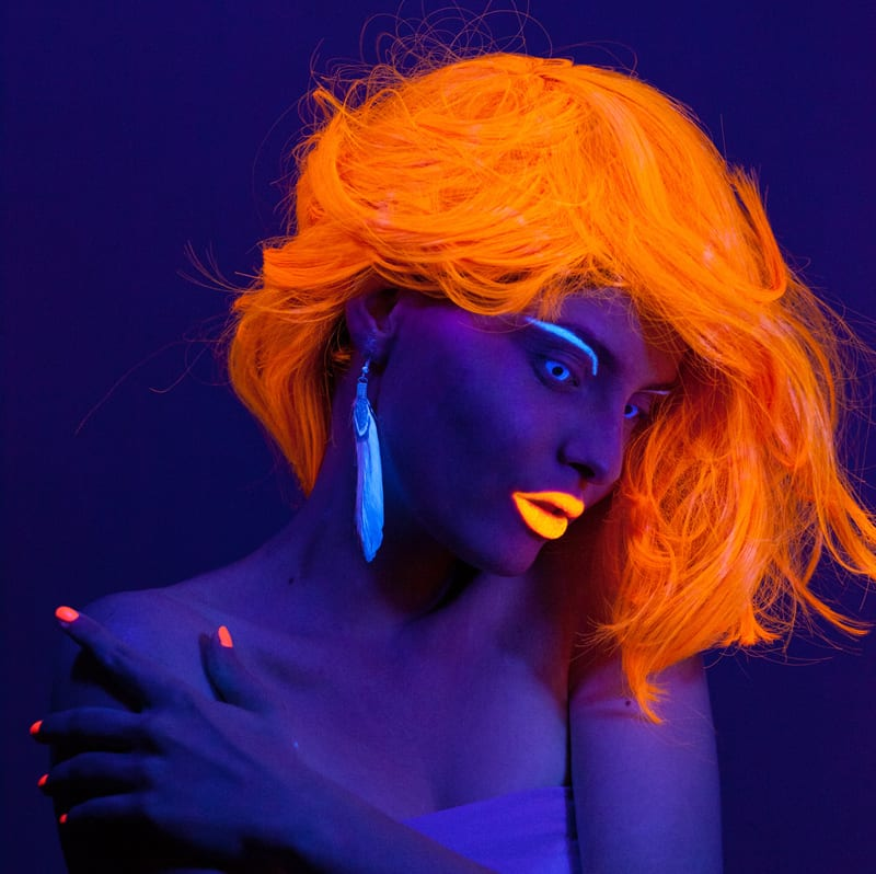 How To Get Glow In The Dark Hair The Best Brands And Colors