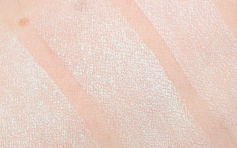 Makeup Geek Duochrome Pigment in Sugar Rush