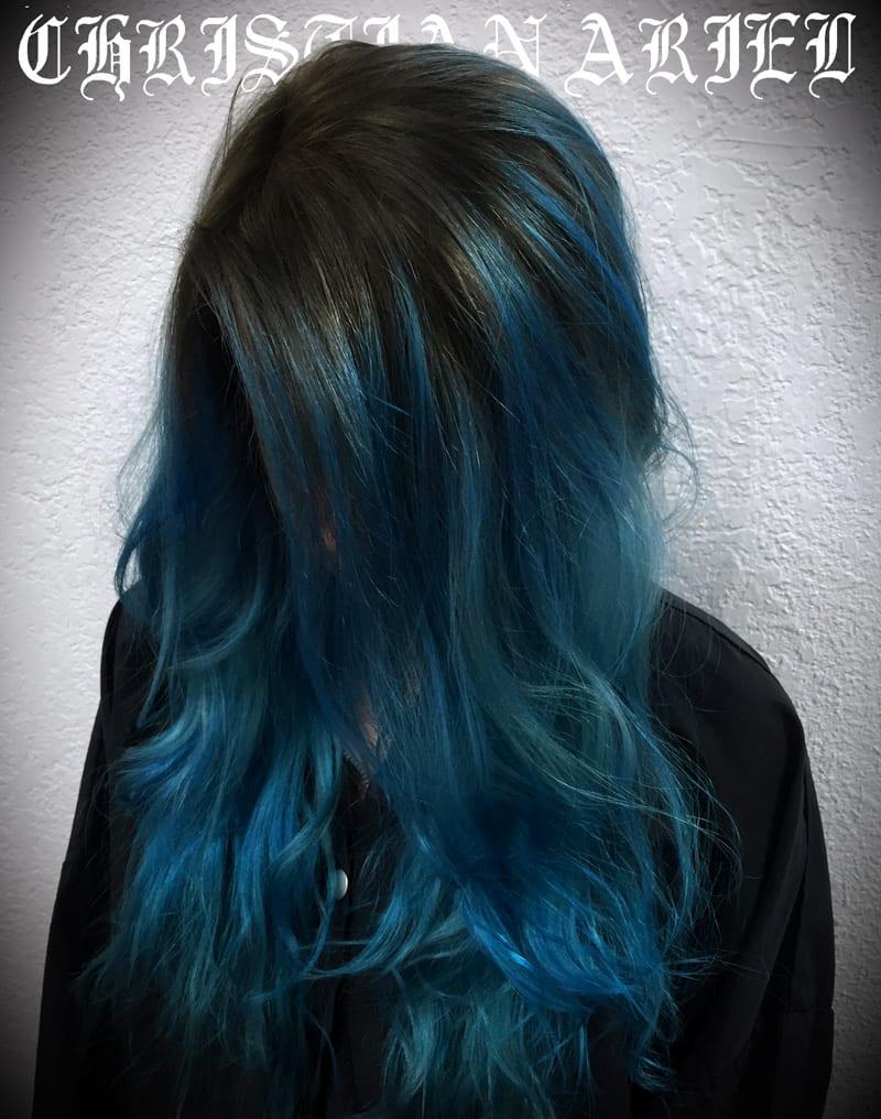 Dark Bayalage Pravana Blue