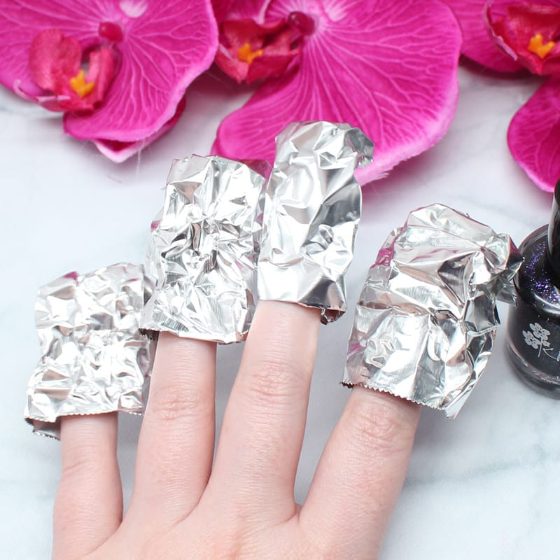 Aluminum Foil Beauty Hack