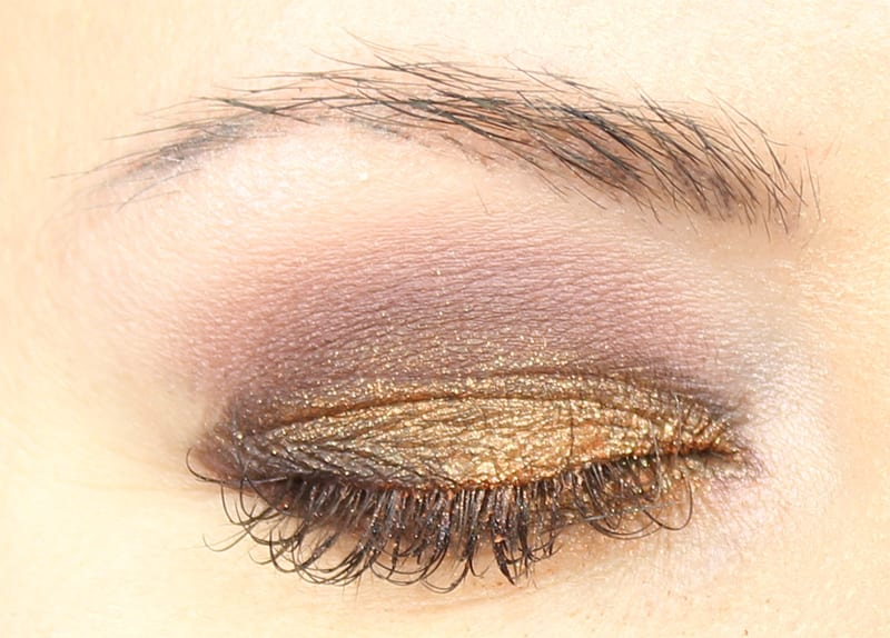 Honest Beauty Falling For You Palette Look