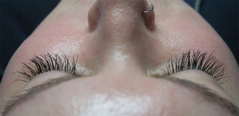 The Beginner's Guide to Eyelash Extensions