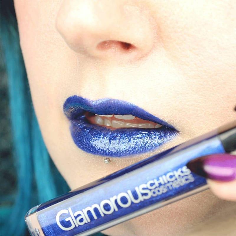 Glamorous Chicks Futuristic Blue