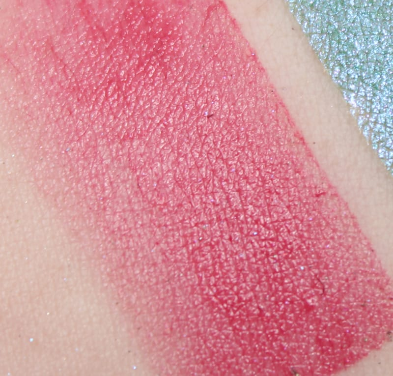 Aromaleigh Dicentra formosa swatch