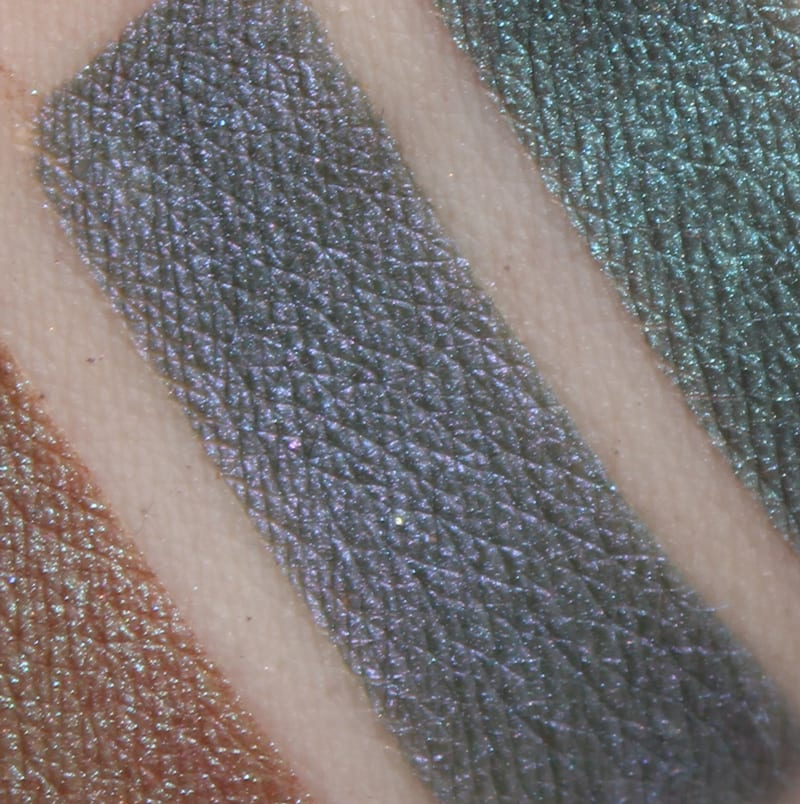 Aromaleigh Vela swatch