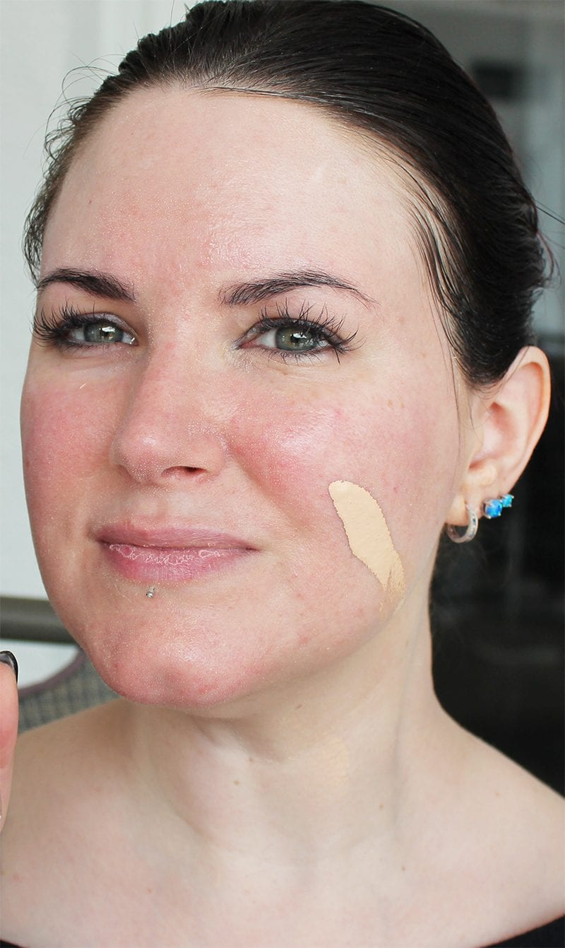 100% Pure Bamboo Blur Tinted Moisturizer in Creme swatch