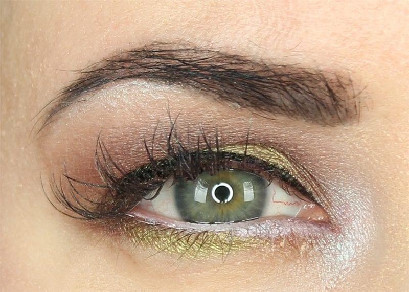 100% Pure Mermaid Look for Hooded eyes