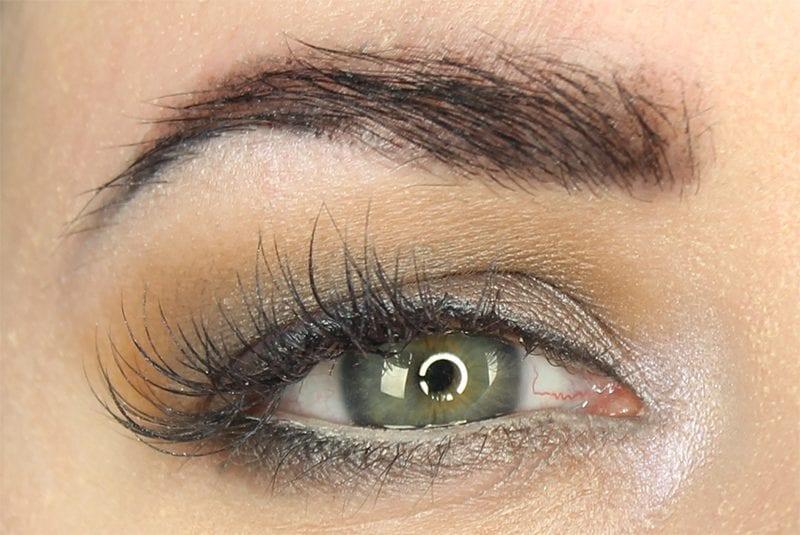 Tarte Rainforest of the Sea Eyeshadow Palette Vol. II Look on blue green eyes