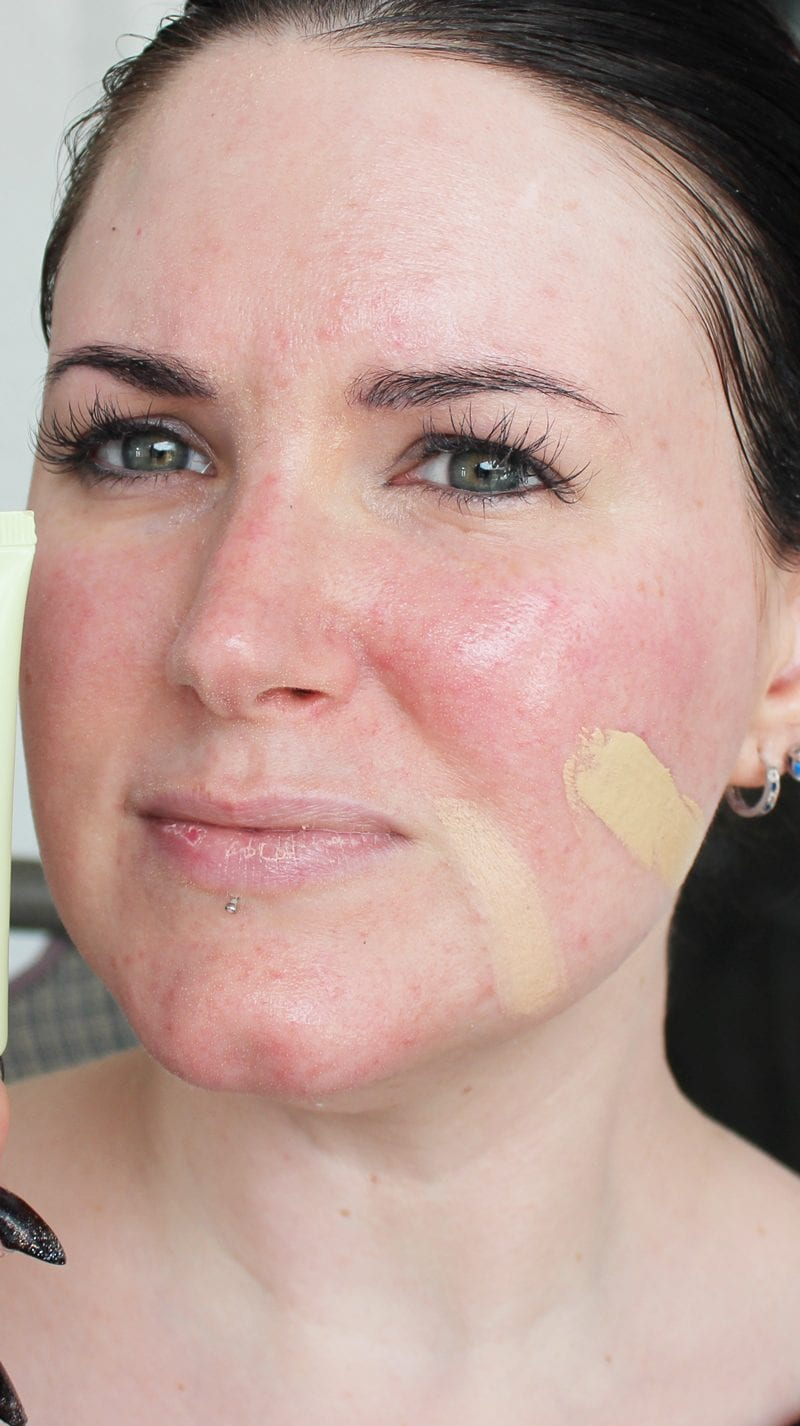 Pixi Illuminating Tint & Conceal in Light Glow swatch