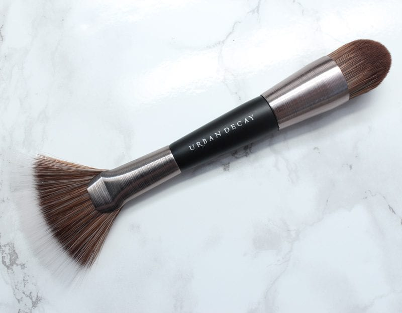 Urban Decay Naked Skin Shapeshifter Brush