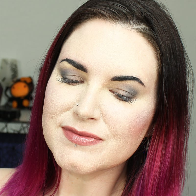 Cruelty-Free Makeup Tutorial | Wearing the Kat Von D Smoke Quad Base Shade and Contour Shade