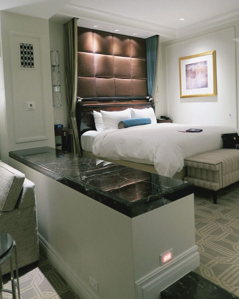 Palazzo Las Vegas King Suite Bed