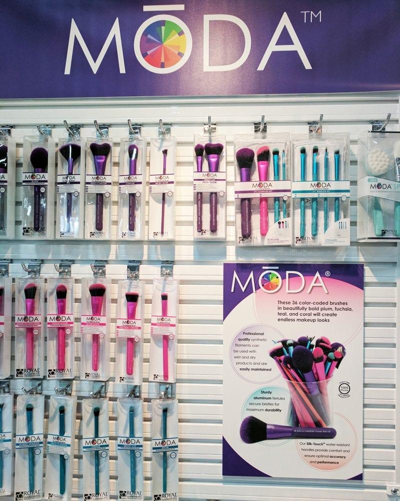 Moda Makeup Brushes at Cosmoprof