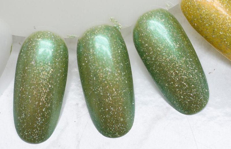 KBShimmer Kiwi Real swatch