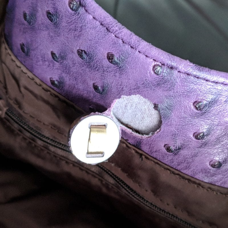 Gunas Naomi Handbag ripped at the clasp because it was not reinforced