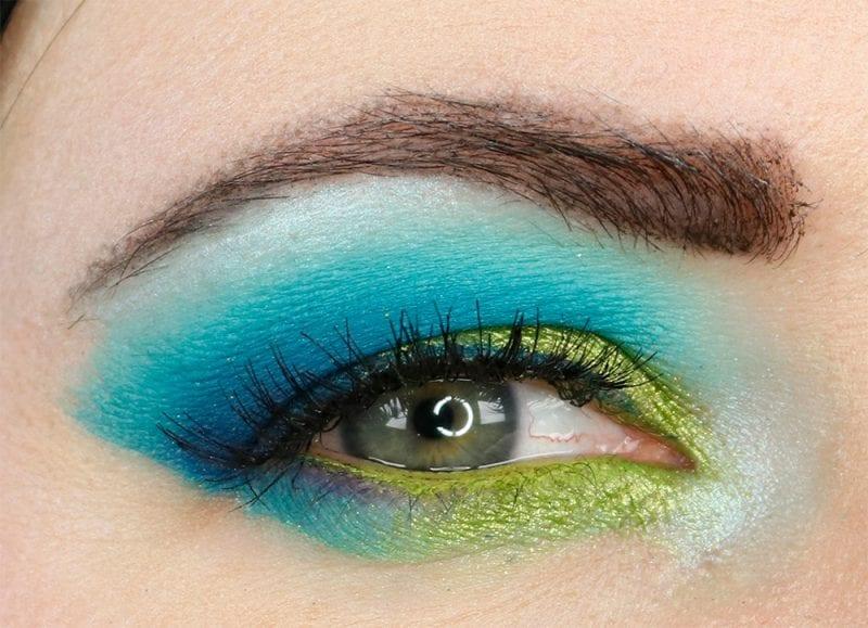 Makeup Geek Power Pigments Tutorial for Hooded eyes