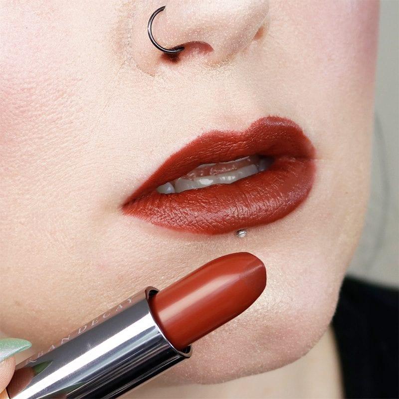 Urban Decay Naked Heat Vice Lipstick in En Fuego lip swatch