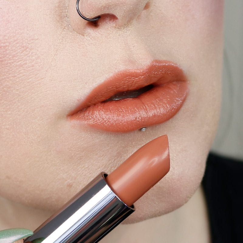 Urban Decay Naked Heat Vice Lipstick in Fuel 2.0 lip swatch